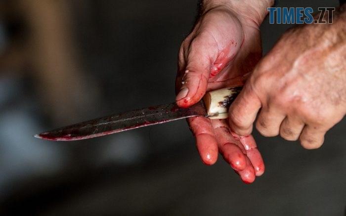 1531381023 knife700 700x437 - На Житомирщині чергова пиятика завершилася трагедією: старший брат жорстоко побив, а після зарізав молодшого