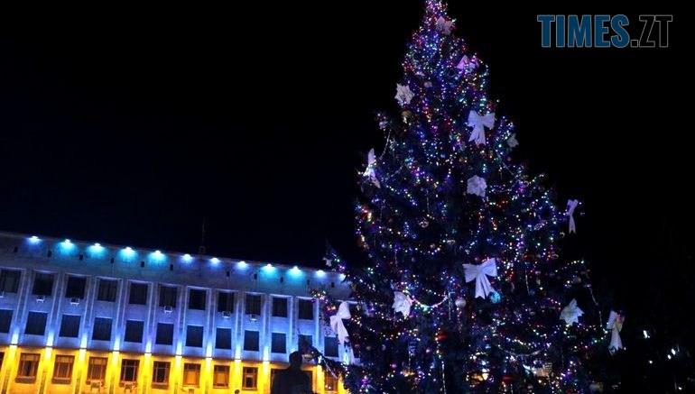 20893046 770x437 - Житомирська ялинка увійшла у ТОП-3 найгарніших новорічних дерев в Україні