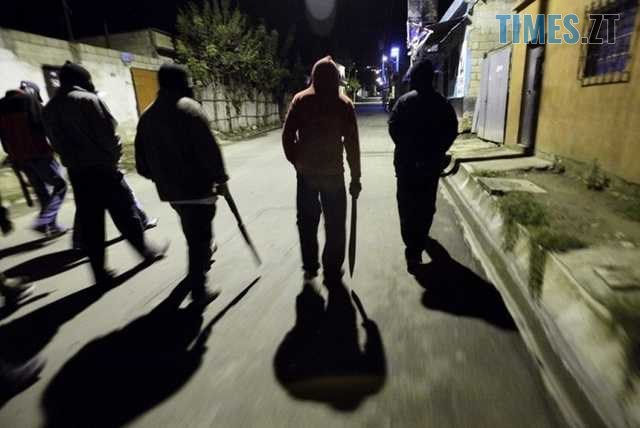 214061 - Нарешті! Житомирська поліція знайшла «банду малолєток», яка нападала на перехожих