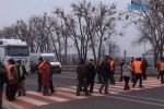 9dfdad73c2bda0f42949836255613707 L 150x100 - Мітингувальники перекрили трасу під Житомиром: працівники облавтодору вимагають повернення боргів (ВІДЕО)