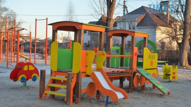 img1578485046 777x437 - У Житомирі встановили ще один дитячий спортивний майданчик (ФОТО)