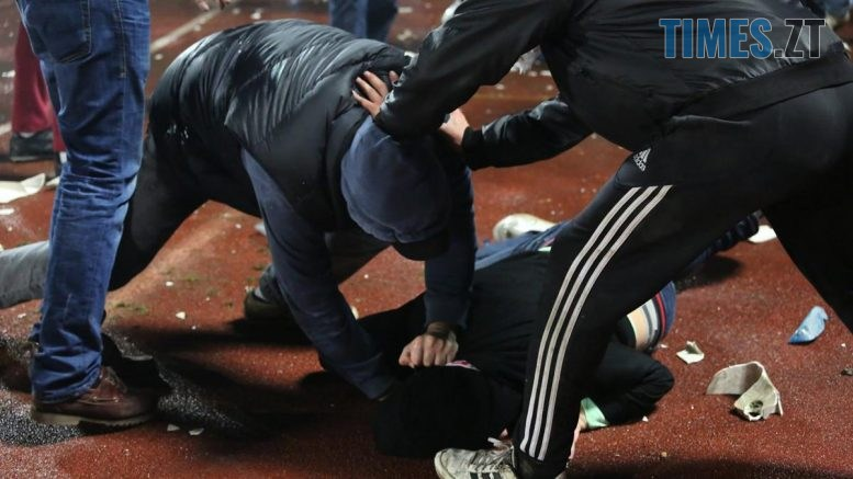 1215040 777x437 - У Житомирі молодик жорстоко побив і пограбував студента