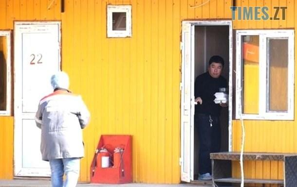 """2473606 - """"Вони здорові"""": китайців, що будують дорогу під Житомиром, звільнили з обсервації (ВІДЕО)"""