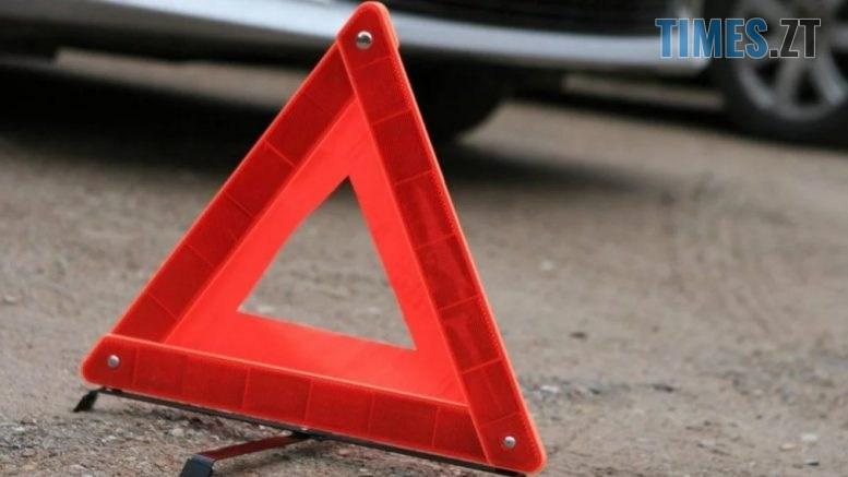 27 dtp 777x437 - В центрі Житомира легковик збив пішохода