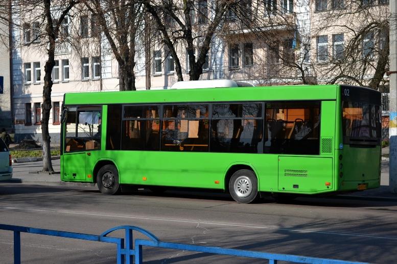 05 2 - По Житомиру їздять порожні муніципальні автобуси №4. Зате часто (ФОТО)