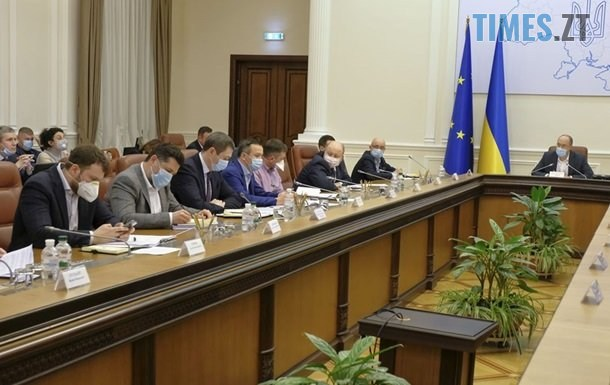 2483170 - Уряд готується ввести надзвичайний стан по всім регіонам України