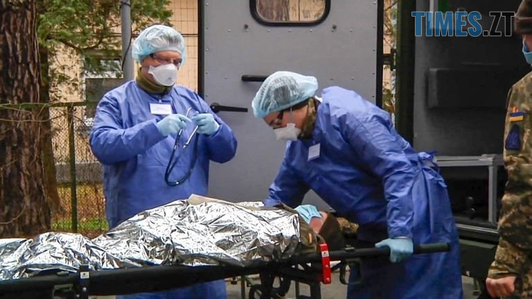NAVCH MED 4 768x432 - ЗСУ тренуються розгортати військові госпіталі для прийому інфекційно хворих (ФОТО)