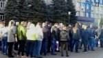 01 4 150x84 - Кретинокарантин: на батьківщині Зеленського люди збилися у натовп заради зелених папірців (ВІДЕО)