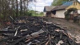 01 8 260x146 - Житомирщина: близько 5 годин рятувальники ліквідовували пожежу на території приватного обійстя