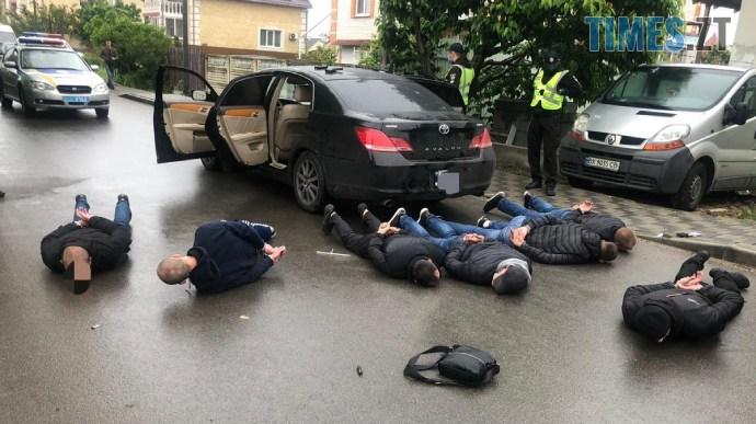 2f22a5e 2 1  - Масова перестрілка, яка сколихнула Україну: оприлюднено номери розшукуваних авто (ВІДЕО)