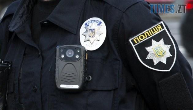 Politsiya 1 - У Житомирі патрульні жорстоко побили та покусали свого начальника