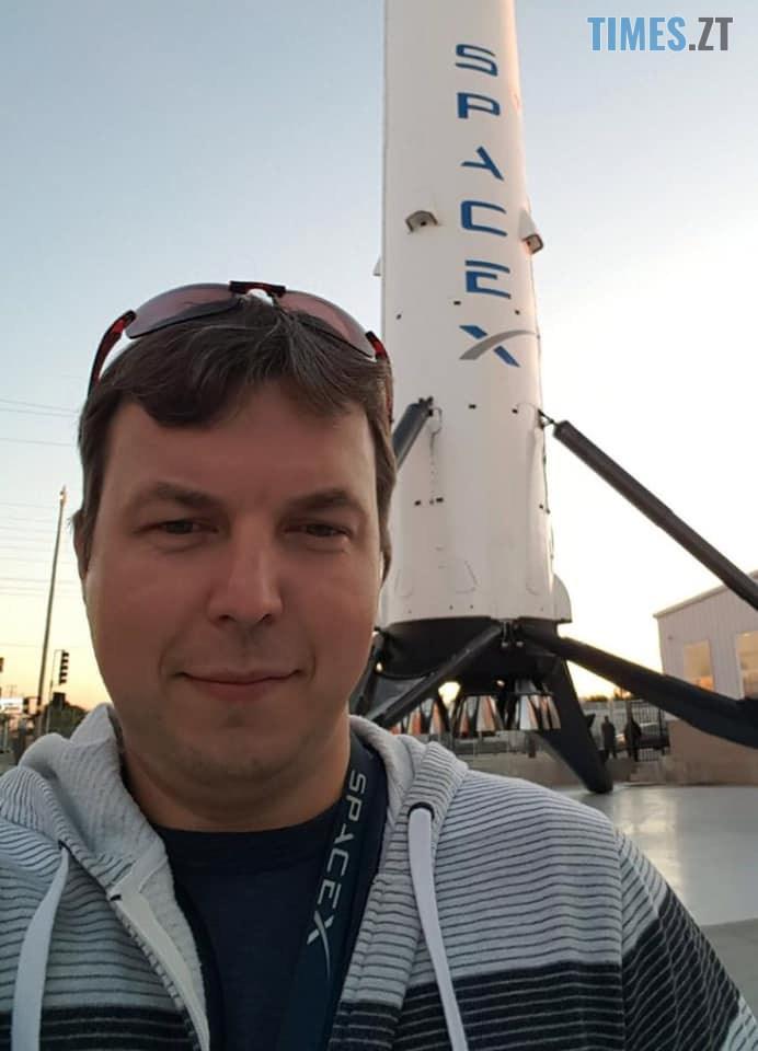 78197327 3650848511609076 49430065645092864 n - «Знай наших»: Житомирянин Олексій Пахунов відповідає за програмне забезпечення ракети «Crew Dragon» приватної компанії SpaceX