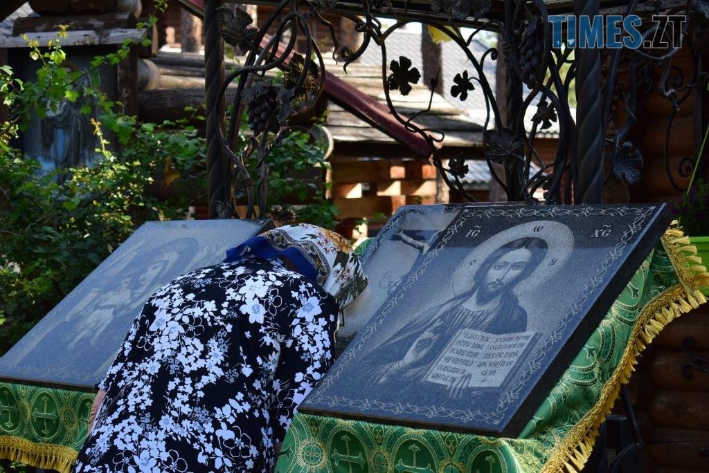 DSC 0047 1024x684 - Святий дух поєднав житомирян у єдиній молитві у Свято-Духівському чоловічому монастирі (ФОТО)