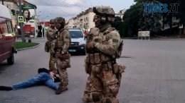 13 1 260x146 - Зеленський принизив себе. Щоб взяли живцем терориста, якого мали застрелити? (ВІДЕО, оновлено)