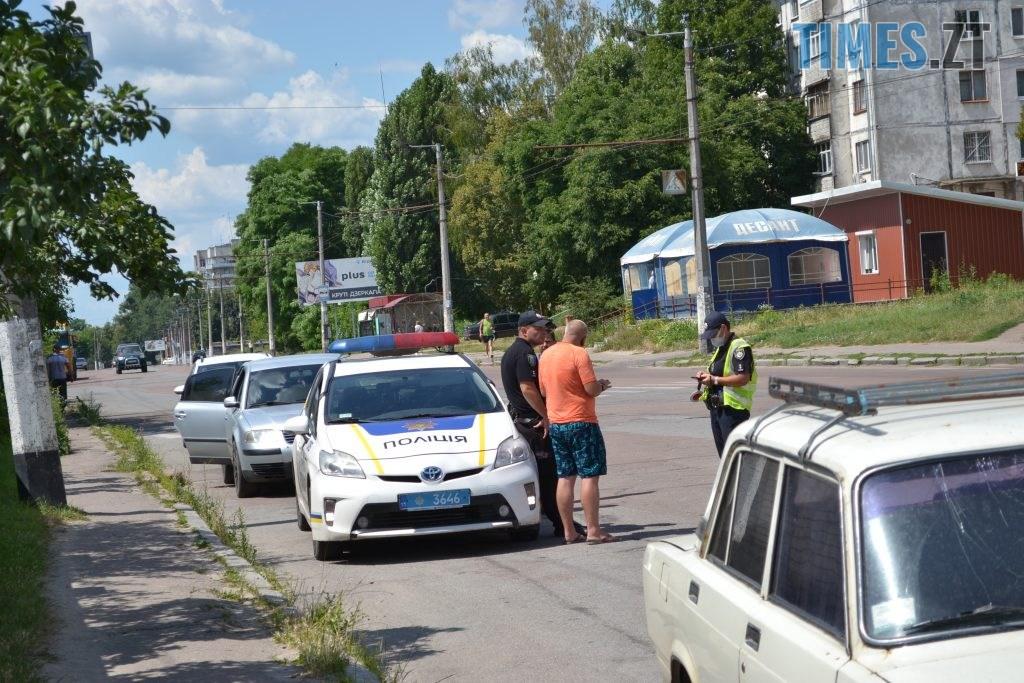 DSC 0202 1024x683 - Дорожні знаки, лежачі поліцейські та світлофори: як планують обмежити рух в провулку, де молоковоз насмерть збив маленького житомирянина