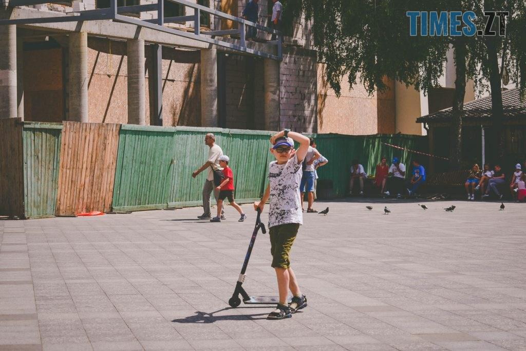 DSC 0420 1024x684 - Спекотний понеділок у Житомирі (ФОТО)