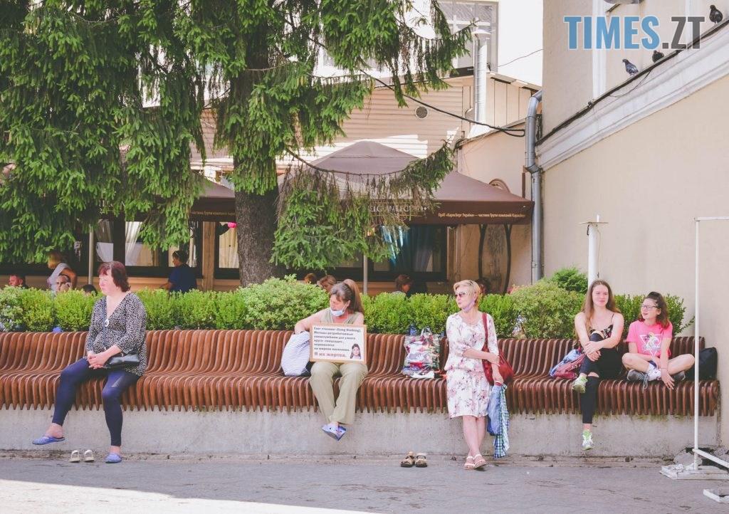 DSC 0438 1024x722 - Спекотний понеділок у Житомирі (ФОТО)
