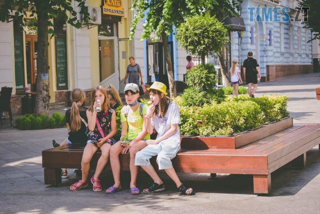 DSC 0462 1024x684 - Спекотний понеділок у Житомирі (ФОТО)