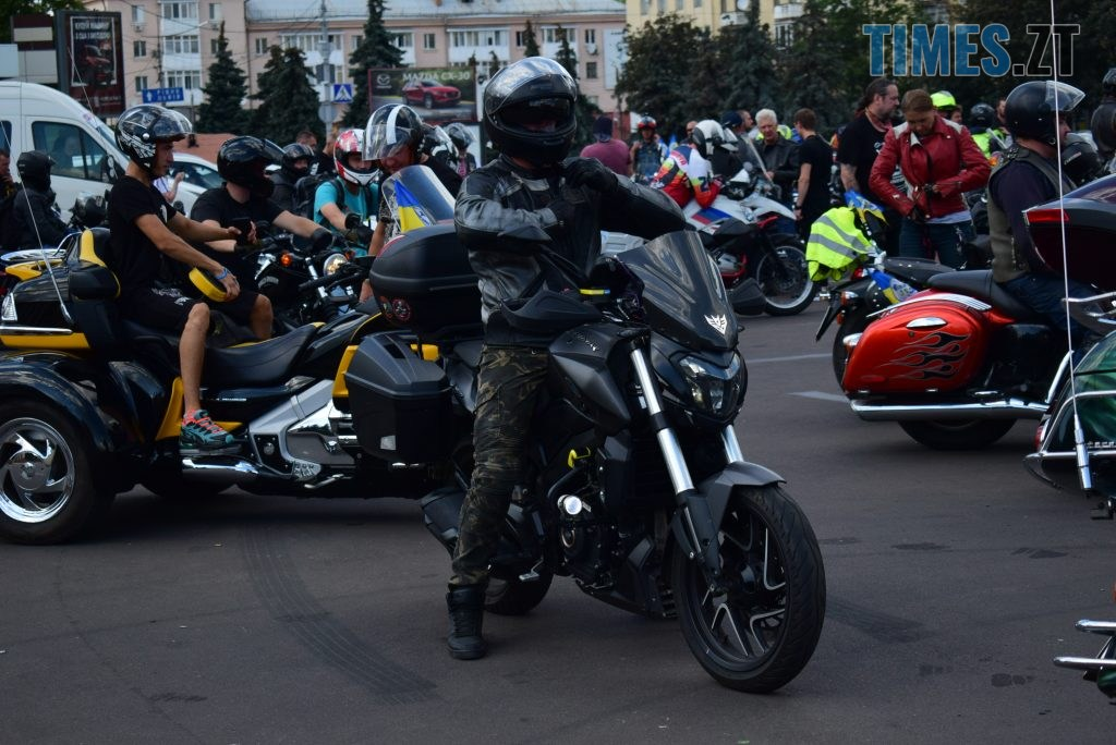 """DSC 0886 1024x684 - Гучний рев моторів, сучасні біти та косухи - в Житомирі відбувся """"Мотопробіг єдності 2020"""" (ФОТО) (ВІДЕО)"""