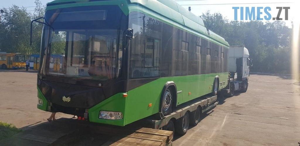 117233956 1212432342442265 5174115902205459714 o 1024x498 - У Житомир почали доставляти другу партію нових білоруських тролейбусів