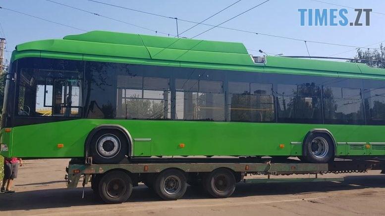 117376456 1212432292442270 2131795549945172671 o 777x437 - У Житомир почали доставляти другу партію нових білоруських тролейбусів