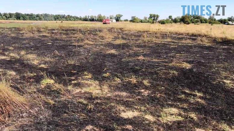 4 2 777x437 - На Житомирщині пенсіонерка ледь не згоріла заживо під час пожежі на городі за селом