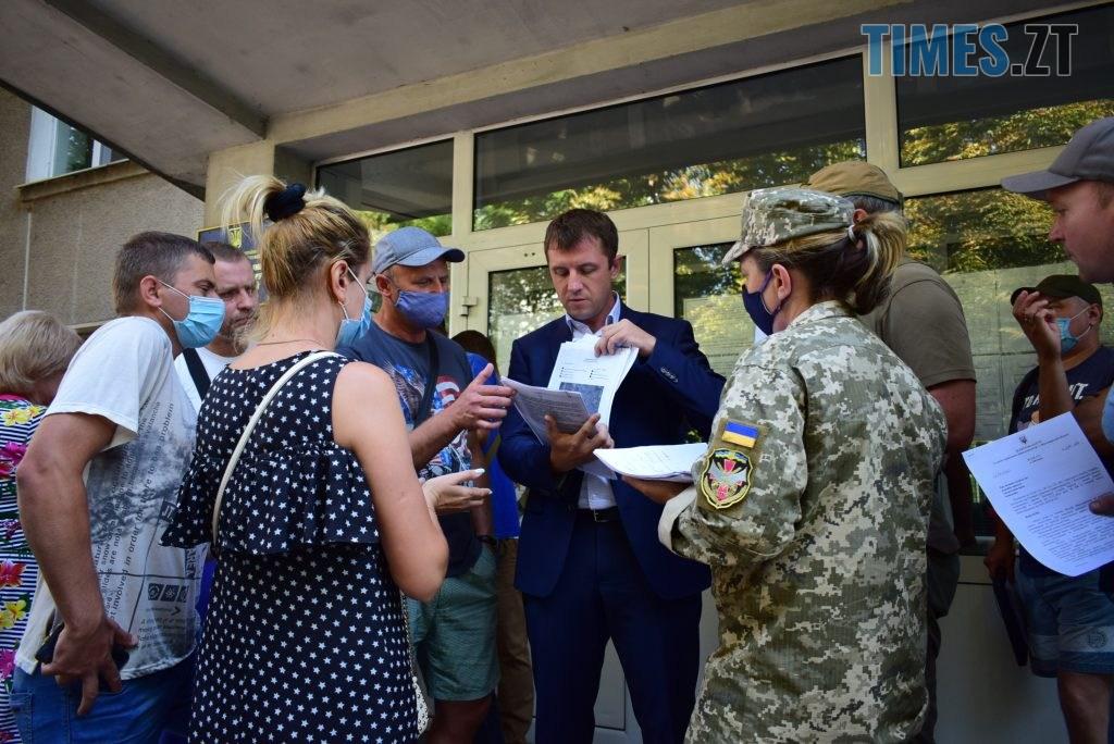 DSC 0061 1024x684 - Процес пішов: атовці, ветерани війни, сім'ї загиблих та соціально незахищені жителі Житомирщини отримали накази на земельні ділянки (ФОТО)