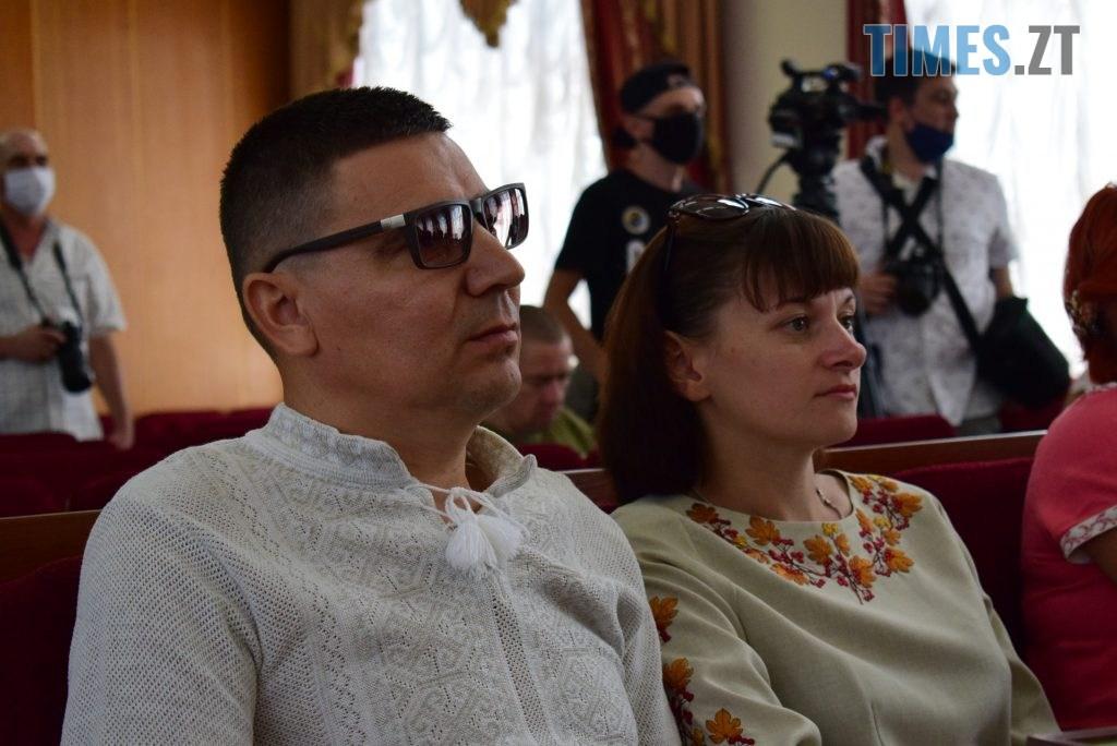 DSC 0355 1024x684 - Військовослужбовцям Житомирщини вручили грошову компенсацію на придбання житла (ФОТО)