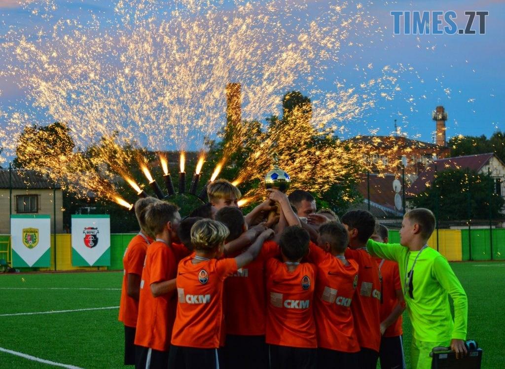 DSC 0597 1024x748 - Футбольний турнір U-12 пам'яті Дмитра Рудя у Житомирі виграв ФК «Шахтар» серією пенальті (ФОТО)
