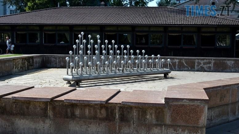 02 4 - «День житомирянина»: у місті працює лише один фонтан – там, де має «засвітитись» Сухомлин (ФОТО)