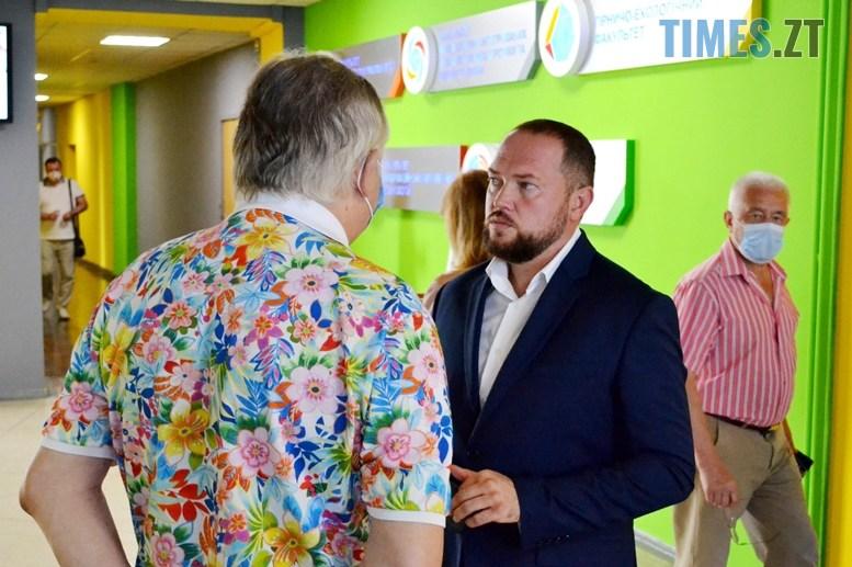 02 - Віктор Євдокимов: «Незважаючи на пандемію, до Житомирської політехніки вступили близько 2000 студентів» (ВІДЕО)