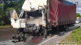 10.05.05 260x146 - На Житомирщині зіштовхнулися дві фури: одна людина загинула, двоє - в лікарні (ФОТО)