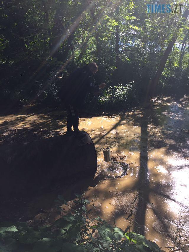 119084061 611089712912564 2232789338193152680 n - У Житомирі зафіксували скид невідомої речовини у річку Тетерів (ФОТО)