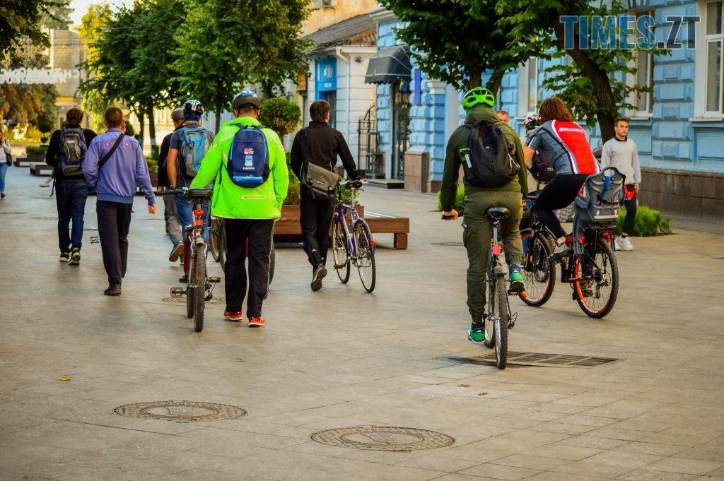 DSC 0352 1024x681 - «Обіцяного чекають 3 роки?»: поки міська влада бездіє, житомиряни самотужки підготували план розмітки для велосипедистів (ФОТО)
