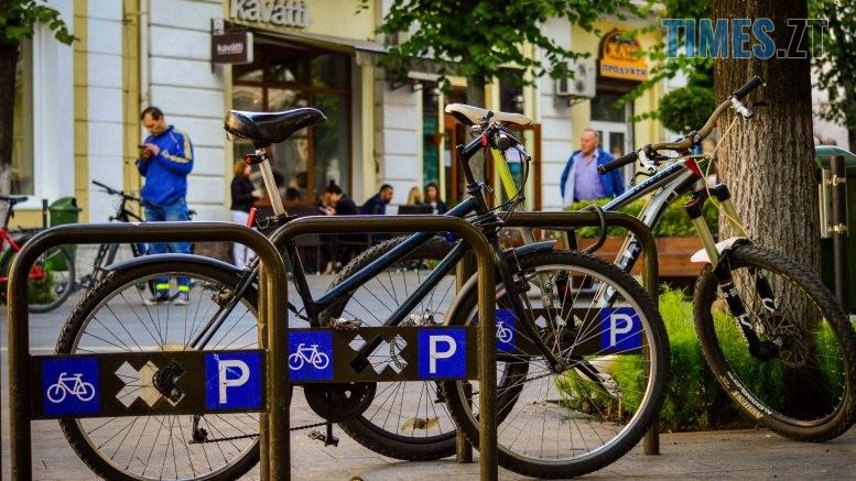 DSC 0364 777x437 - «Обіцяного чекають 3 роки?»: поки міська влада бездіє, житомиряни самотужки підготували план розмітки для велосипедистів (ФОТО)