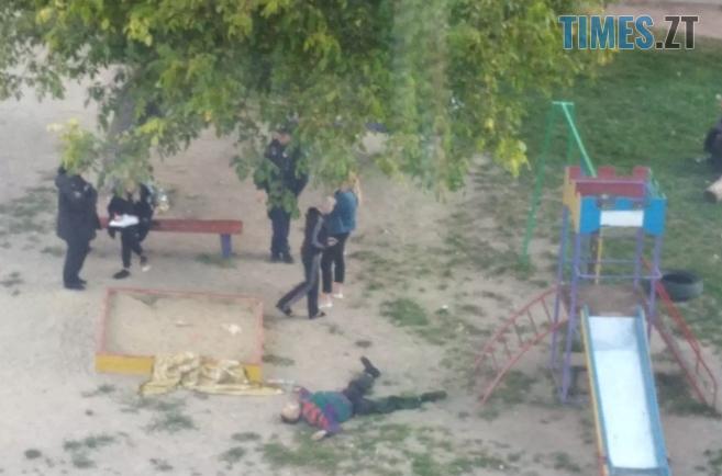 Screenshot 4 11 - Труп людини знайшли на одному з дитячих майданчиків у Житомирі (ФОТО)