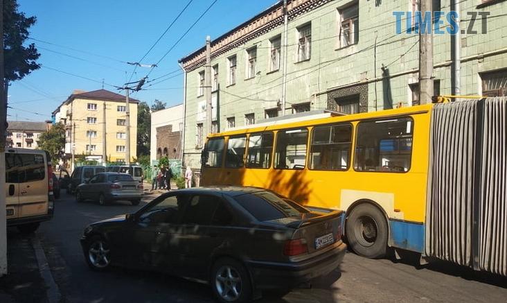Screenshot 7 1 732x437 - На одній з вулиць Житомира через аварію заблоковано рух тролейбусів (ФОТО)