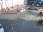 Screenshot 7 6 150x113 - Житомир: камери зафіксували, як на вул. В. Бердичівській авто не вписалося в поворот і знесло електроопору (ВІДЕО)