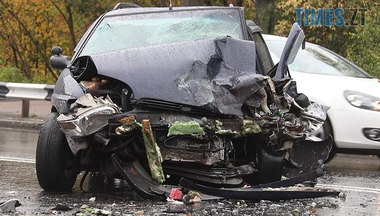 Screenshot 7 8 - На Чуднівському мосту в Житомирі моторошна аварія, рух транспорту обмежили (ФОТО)