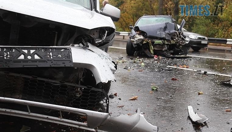 Screenshot 8 5 - На Чуднівському мосту в Житомирі моторошна аварія, рух транспорту обмежили (ФОТО)