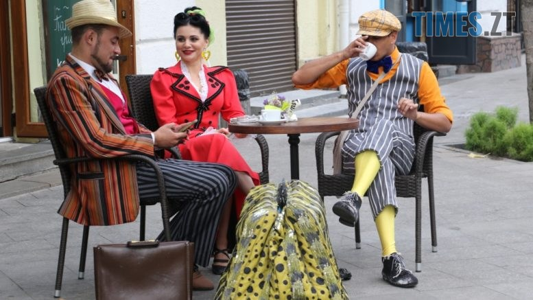 img1599047080 1 777x437 - На Михайлівській проходили зйомки відеоролику «Мій Житомир — головна сцена мого життя» (ФОТО)
