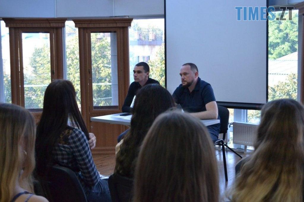 photo 2020 09 25 18 38 37 2 1024x682 - Віктор Євдокимов зустрівся злідерами студентського самоврядування