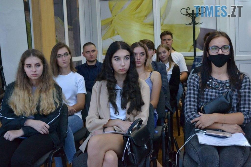photo 2020 09 25 18 38 38 1024x682 - Віктор Євдокимов зустрівся злідерами студентського самоврядування