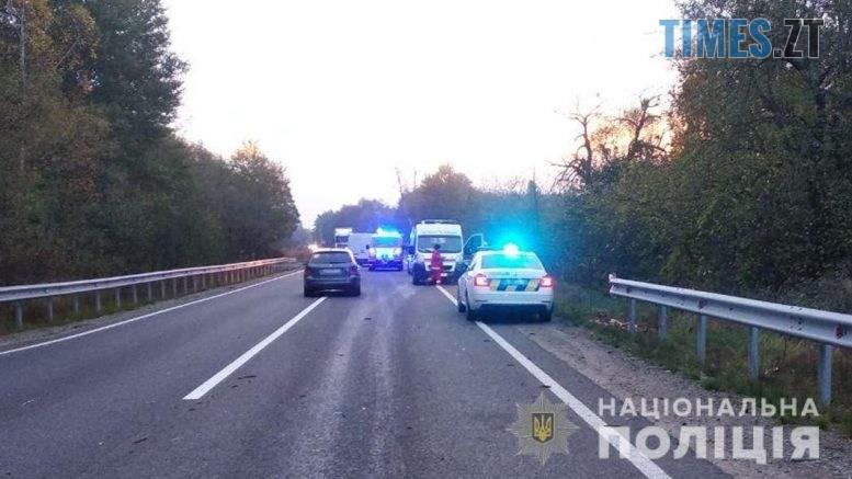 08 23 24 777x437 - Неподалік Житомира сталася аварія, травмовано  троє людей (ФОТО)