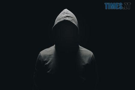 111579674 faceless man in hoodie standing isolated on black - 5 питань від президента: українцям показали, як виглядають інтерв'юери