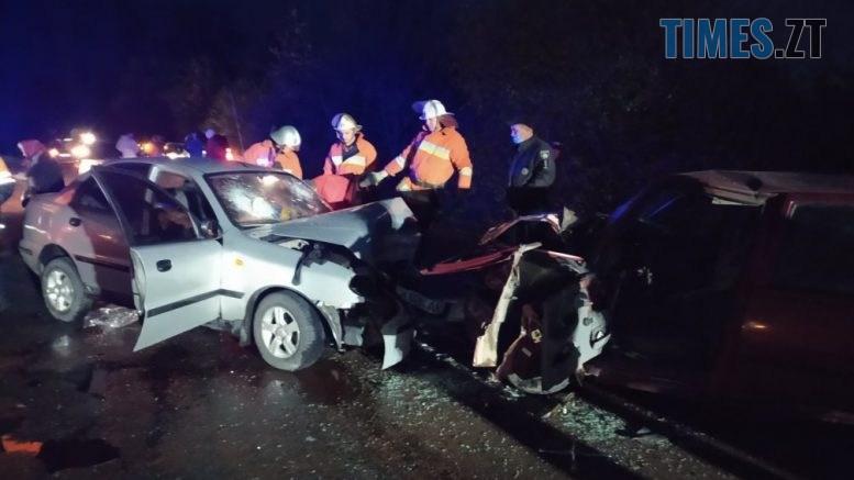 222 1 777x437 - На трасі в Житомирській області зіштовхнулися Daewoo і Dacia, травмовано шестеро людей (ФОТО)