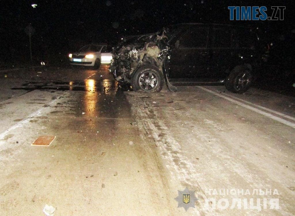 IMG 0968  1024x751 - На Житомирщині позашляховик протаранив поштовий автомобіль, є травмовані (ФОТО)
