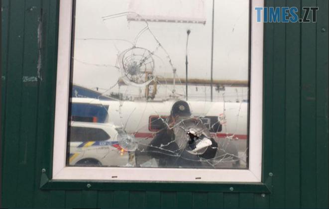Screenshot 3 11 - На одній з вулиць Житомира чоловік влаштував стрілянину (ФОТО)