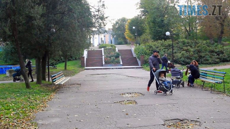 Still1212 00000 4 777x437 - Власнику будівель парку у Бердичеві не дозволили їх реконструювати (ВІДЕО)