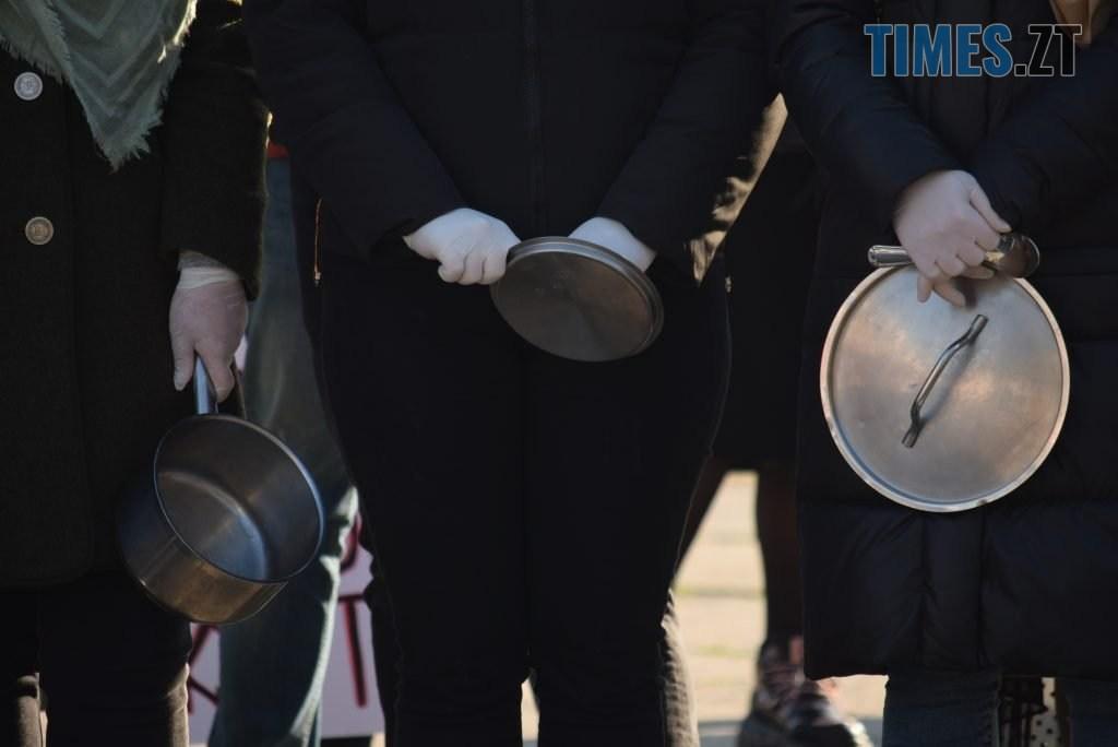 DSC 1398 1024x684 - «Ми не COVID-19»: у Житомирі власники та працівники закладів харчування бунтують проти «вихідного дня» (ФОТО-ВІДЕО)